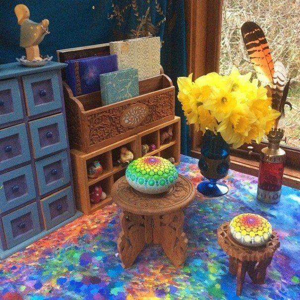 Sassi - Arte e disesgni sui sassi colorati (12)