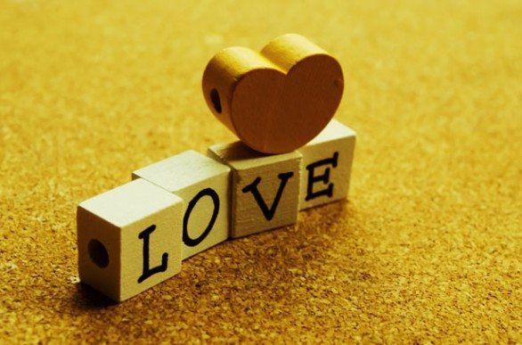 Scritta Love Dadi